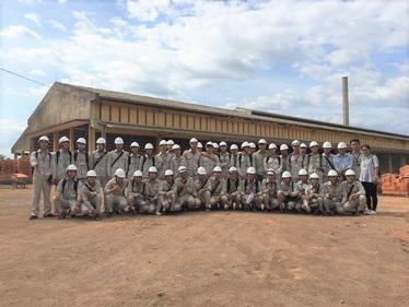 Sinh viên đi thực tế và thực tập tại nhà máy